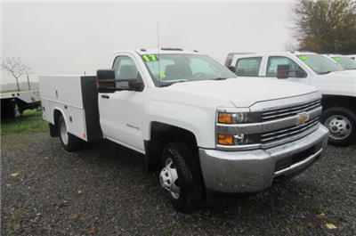 2017 Silverado 3500 Regular Cab DRW 4x4, Reading Classic II Aluminum  Service Body #B12868 - photo 3