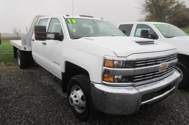 2018 Silverado 3500 Crew Cab DRW 4x4,  Truck Craft Platform Body #B12905 - photo 3