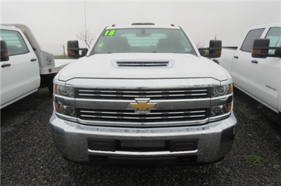 2018 Silverado 3500 Crew Cab DRW 4x4,  Truck Craft Platform Body #B12906 - photo 4