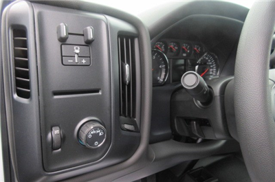 2018 Silverado 3500 Crew Cab DRW 4x4, Reading Redi-Dek Platform Body #B12908 - photo 17