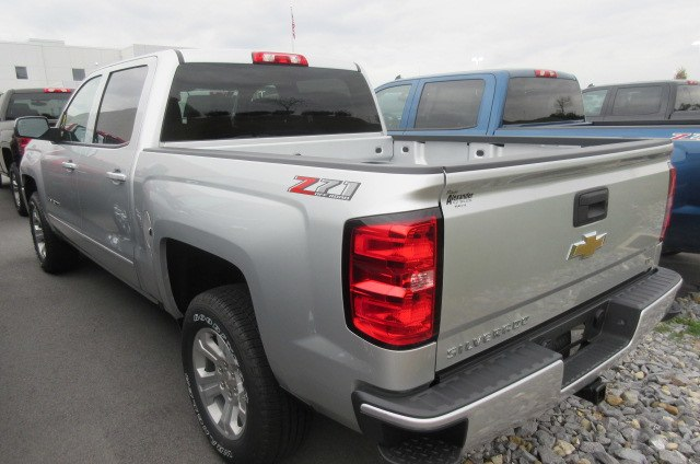 2018 Silverado 1500 Crew Cab 4x4, Pickup #B12916 - photo 2