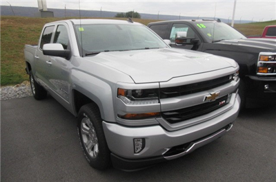 2018 Silverado 1500 Crew Cab 4x4, Pickup #B12916 - photo 3