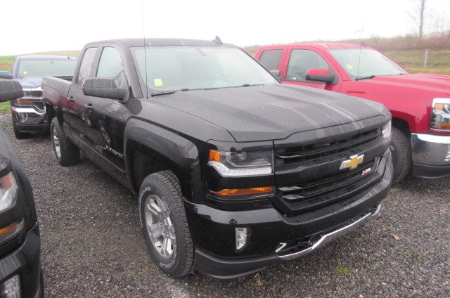 2018 Silverado 1500 Double Cab 4x4, Pickup #B12917 - photo 3