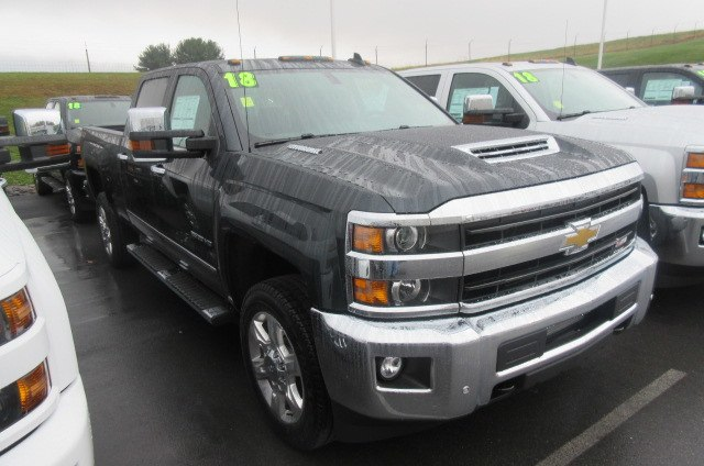 2018 Silverado 2500 Crew Cab 4x4, Pickup #B12929 - photo 3