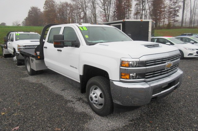 2018 Silverado 3500 Crew Cab DRW 4x4,  Reading Redi-Dek Platform Body #B12934 - photo 3