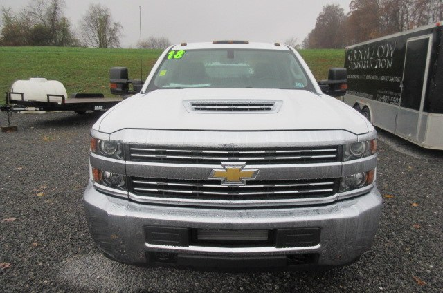 2018 Silverado 3500 Crew Cab DRW 4x4,  Reading Redi-Dek Platform Body #B12934 - photo 4