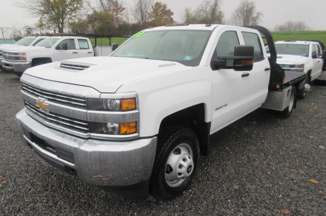 2018 Silverado 3500 Crew Cab DRW 4x4,  Reading Redi-Dek Platform Body #B12934 - photo 1