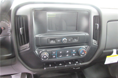 2018 Silverado 3500 Crew Cab DRW 4x4,  Reading Redi-Dek Platform Body #B12934 - photo 21