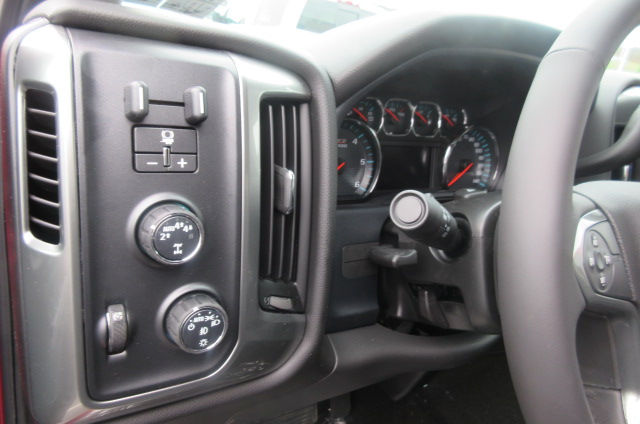 2018 Silverado 1500 Crew Cab 4x4, Pickup #B12944 - photo 17