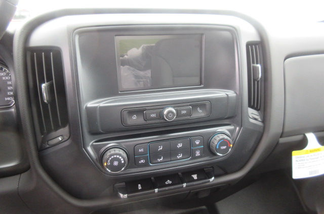 2018 Silverado 2500 Crew Cab 4x4,  Pickup #B12946 - photo 19