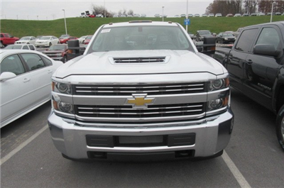 2018 Silverado 2500 Crew Cab 4x4,  Pickup #B12946 - photo 4