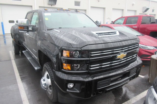2018 Silverado 2500 Crew Cab 4x4, Pickup #B12960 - photo 3