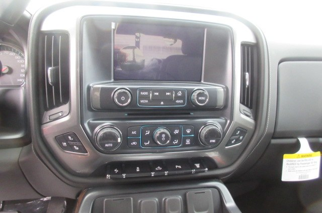 2018 Silverado 2500 Crew Cab 4x4, Pickup #B12960 - photo 27