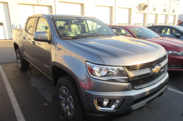 2018 Colorado Crew Cab 4x4, Pickup #B12970 - photo 3
