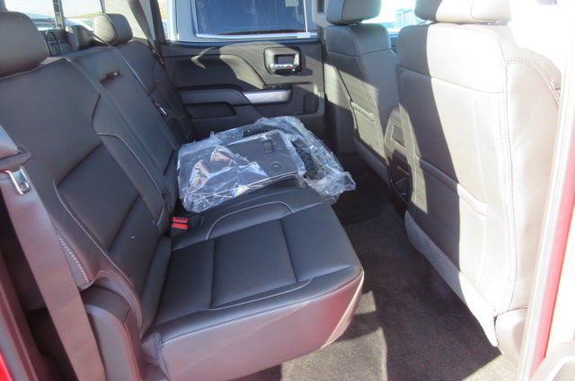 2018 Silverado 2500 Crew Cab 4x4, Pickup #B13021 - photo 16