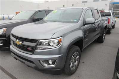 2018 Colorado Crew Cab 4x4, Pickup #B13035 - photo 1