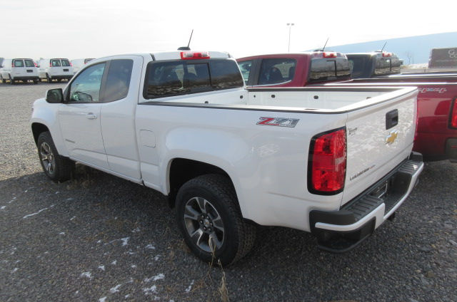 2018 Colorado Extended Cab 4x4, Pickup #B13204 - photo 2