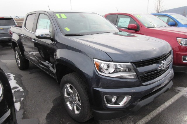 2018 Colorado Crew Cab 4x4, Pickup #B13281 - photo 3