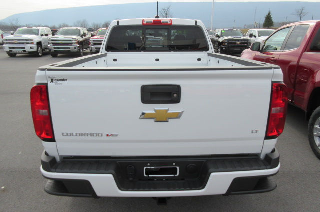2018 Colorado Extended Cab 4x4,  Pickup #B13302 - photo 5