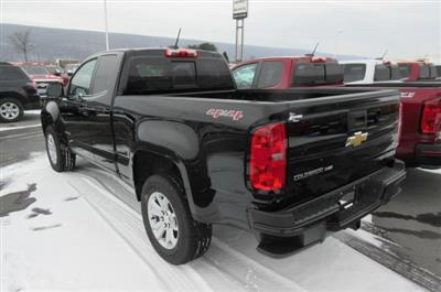2018 Colorado Extended Cab 4x4,  Pickup #B13316 - photo 2