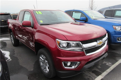2018 Colorado Extended Cab 4x4, Pickup #B13323 - photo 3