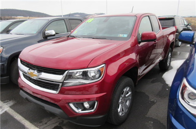 2018 Colorado Extended Cab 4x4, Pickup #B13323 - photo 1