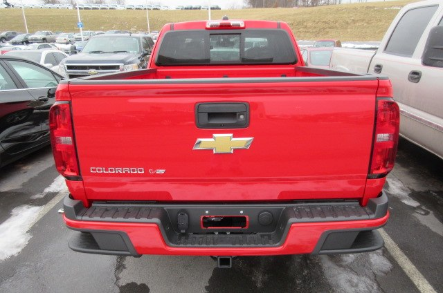 2018 Colorado Extended Cab 4x4, Pickup #B13349 - photo 6