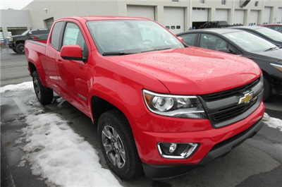 2018 Colorado Extended Cab 4x4, Pickup #B13349 - photo 3