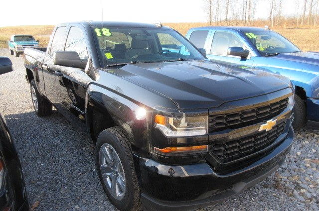 2018 Silverado 1500 Double Cab 4x4, Pickup #B13367 - photo 3