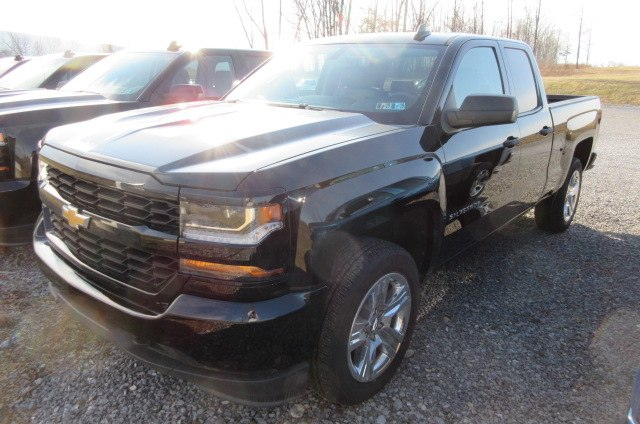 2018 Silverado 1500 Double Cab 4x4, Pickup #B13367 - photo 1