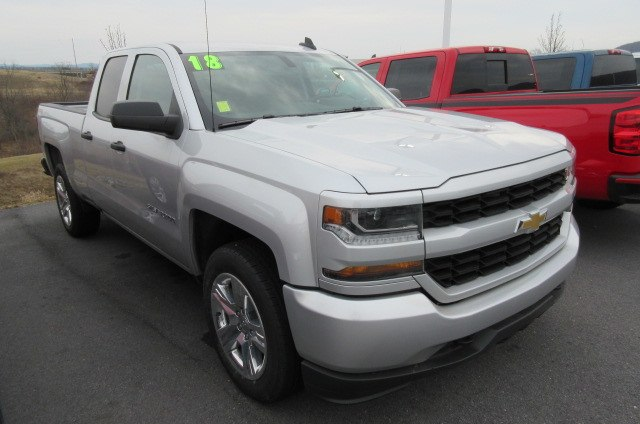2018 Silverado 1500 Double Cab 4x4,  Pickup #B13368 - photo 3