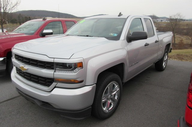 2018 Silverado 1500 Double Cab 4x4,  Pickup #B13368 - photo 1