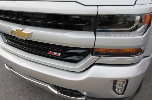 2018 Silverado 1500 Double Cab 4x4,  Pickup #B13557 - photo 5