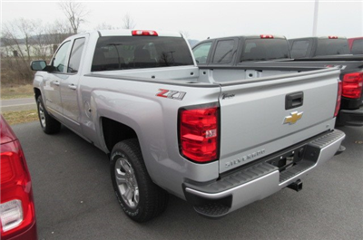 2018 Silverado 1500 Double Cab 4x4,  Pickup #B13557 - photo 2