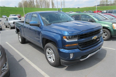 2018 Silverado 1500 Double Cab 4x4,  Pickup #B13693 - photo 3