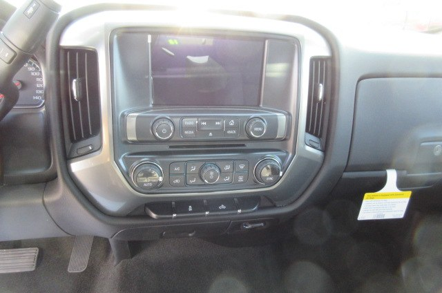 2018 Silverado 1500 Double Cab 4x4,  Pickup #B13702 - photo 19