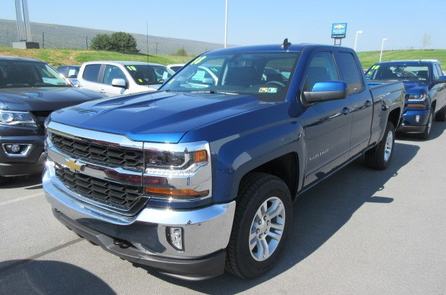 2018 Silverado 1500 Double Cab 4x4,  Pickup #B13702 - photo 1