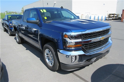 2018 Silverado 1500 Double Cab 4x4,  Pickup #B13702 - photo 3