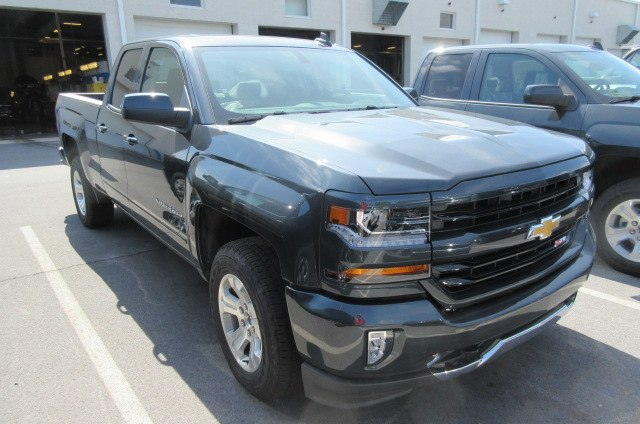 2018 Silverado 1500 Double Cab 4x4,  Pickup #B13739 - photo 3