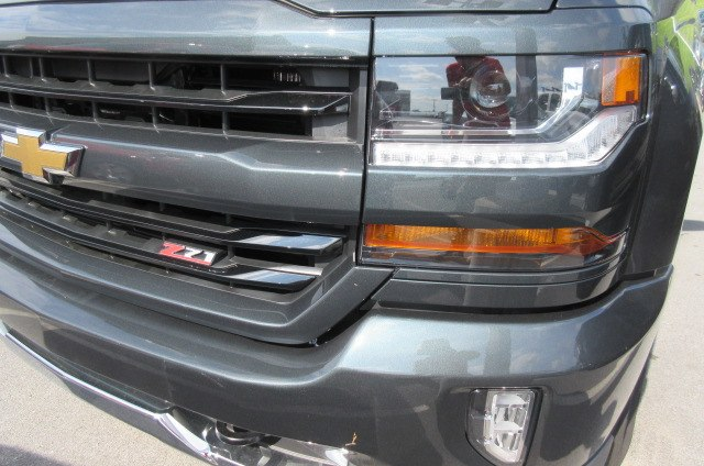 2018 Silverado 1500 Double Cab 4x4,  Pickup #B13742 - photo 5