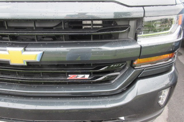 2018 Silverado 1500 Double Cab 4x4,  Pickup #B13780 - photo 5