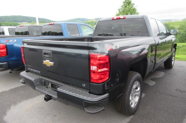 2018 Silverado 1500 Double Cab 4x4,  Pickup #B13780 - photo 8
