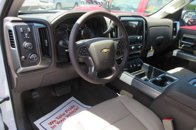 2018 Silverado 1500 Double Cab 4x4,  Pickup #B13815 - photo 18
