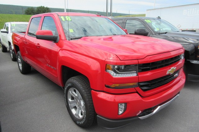 2018 Silverado 1500 Crew Cab 4x4,  Pickup #B13864 - photo 3