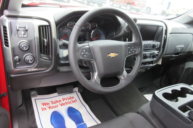 2018 Silverado 1500 Crew Cab 4x4,  Pickup #B13864 - photo 15