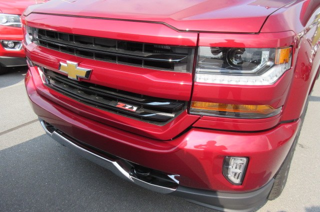 2018 Silverado 1500 Crew Cab 4x4,  Pickup #B14040 - photo 4