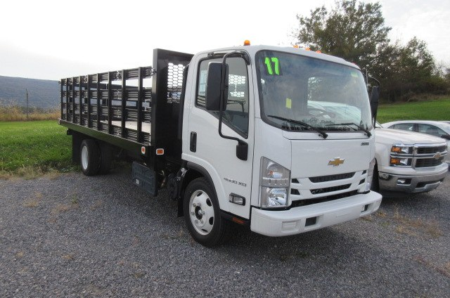 2017 LCF 4500XD Regular Cab 4x2,  Knapheide Stake Bed #B14199 - photo 3