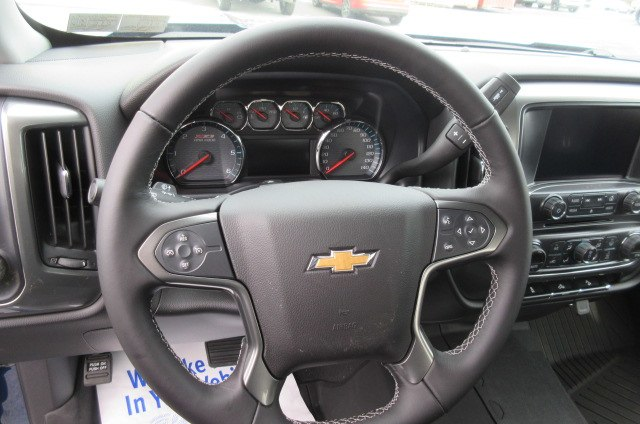 2018 Silverado 1500 Crew Cab 4x4,  Pickup #B14305 - photo 20