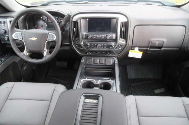 2018 Silverado 1500 Crew Cab 4x4,  Pickup #B14345 - photo 15