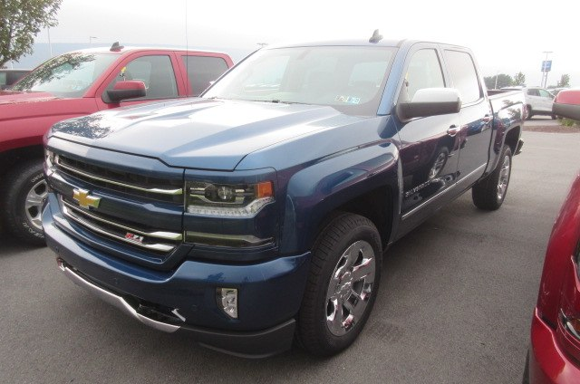 2018 Silverado 1500 Crew Cab 4x4,  Pickup #B14345 - photo 1